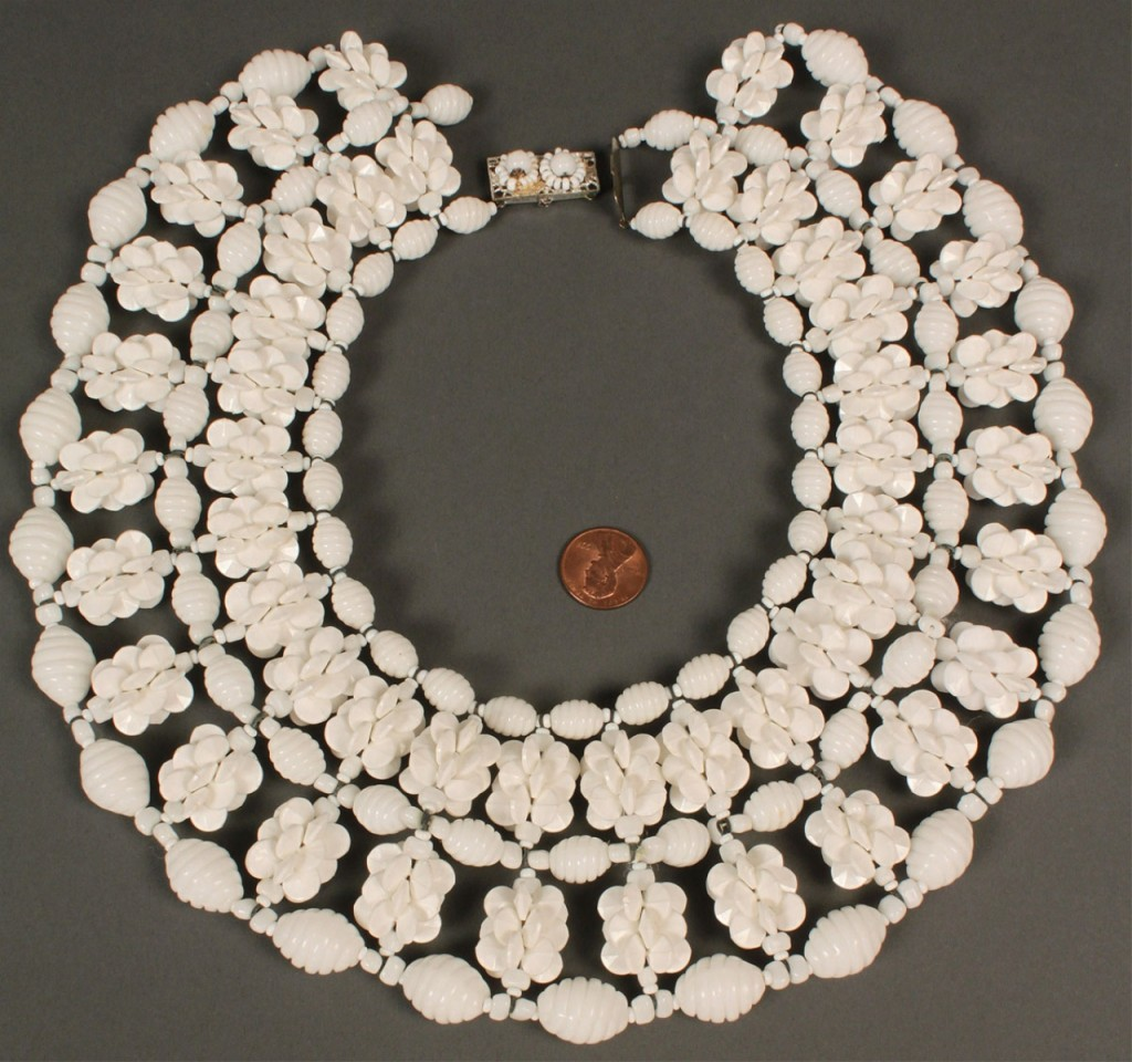 Lot 555: Miriam Haskell White Beaded Collar Necklace