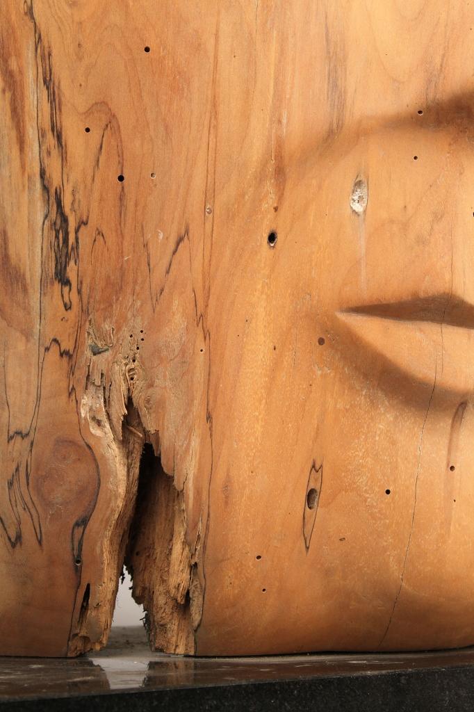 Lot 569: Carved mask by Olen Bryant, TN sculptor