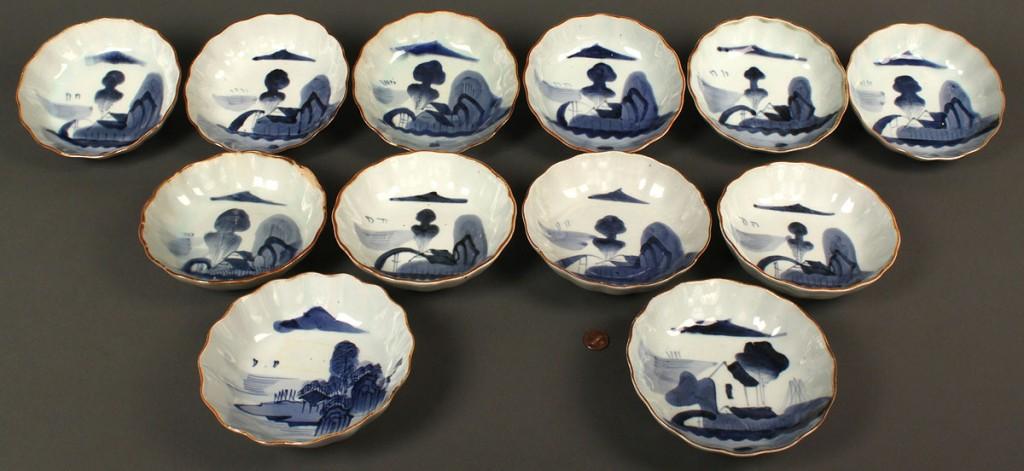 Lot 620: Set of 12 Chinese Blue & White Bowls