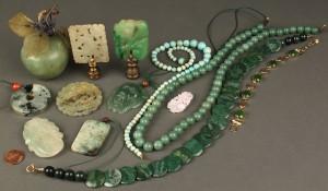 Lot 623: Lot of Decorative & Jewelry Items: jade, soapstone