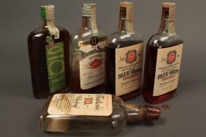 Lot 641: 4 Bottles KY Bourbon Whiskey, 1924-1934 sealed plu - Image 3