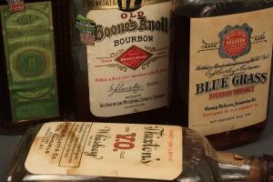 Lot 641: 4 Bottles KY Bourbon Whiskey, 1924-1934 sealed plu - Image 4