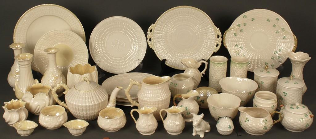 Lot 646: Beleek porcelain ware, 40 pcs.