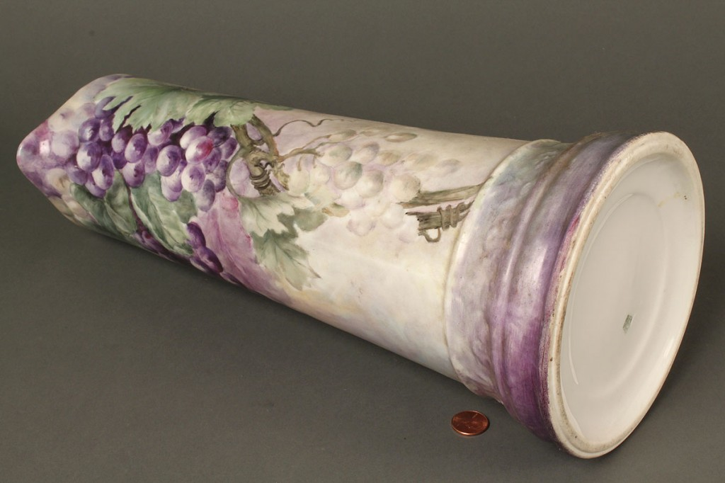 Lot 651: Grouping of Limoges Porcelain, 4 items