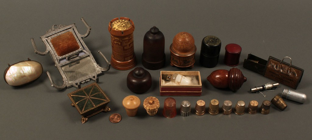 Lot 661: Collection of thimble and thimble holders – 21 pcs