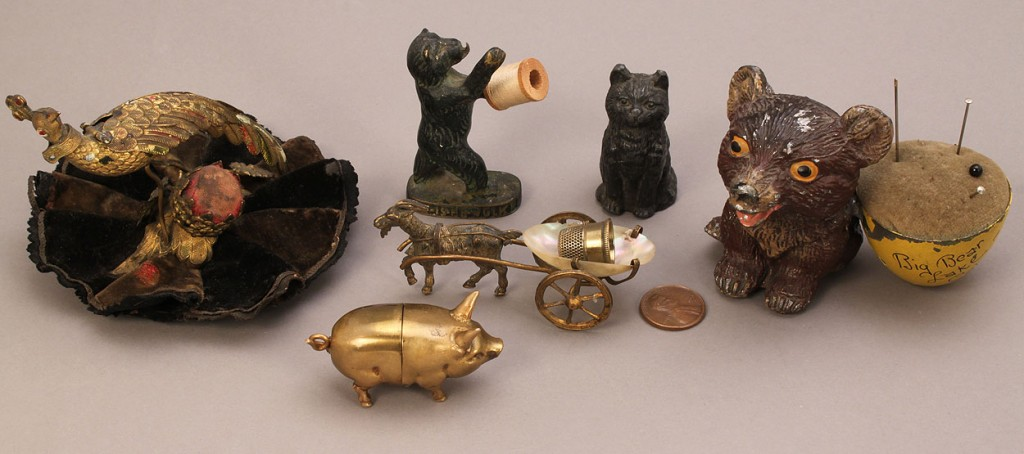 Lot 669: Collection of figural sewing notions – 6 pcs