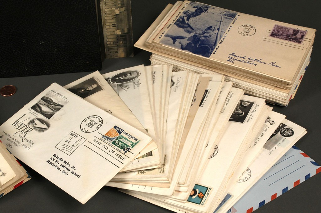 Lot 713: Extensive stamp collection, First Day Covers