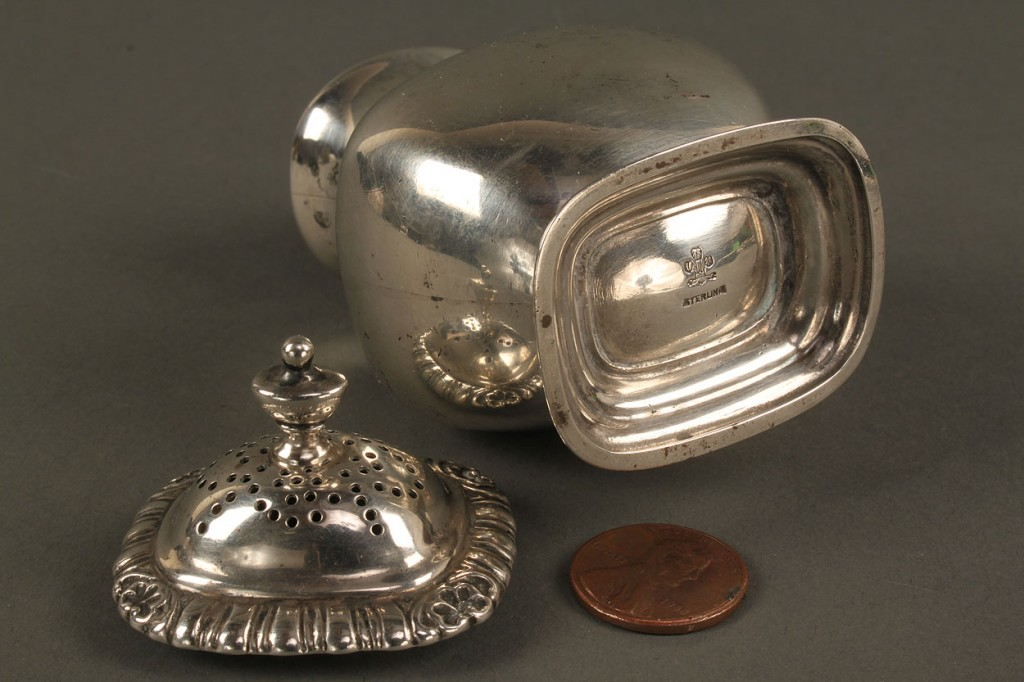 Lot 714: Lot of small Sterling Silver Hollowware, 9 items