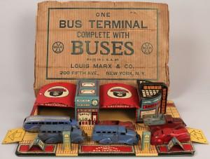Lot 733: Marx Tin Litho Greyhound Bus Terminal Toy