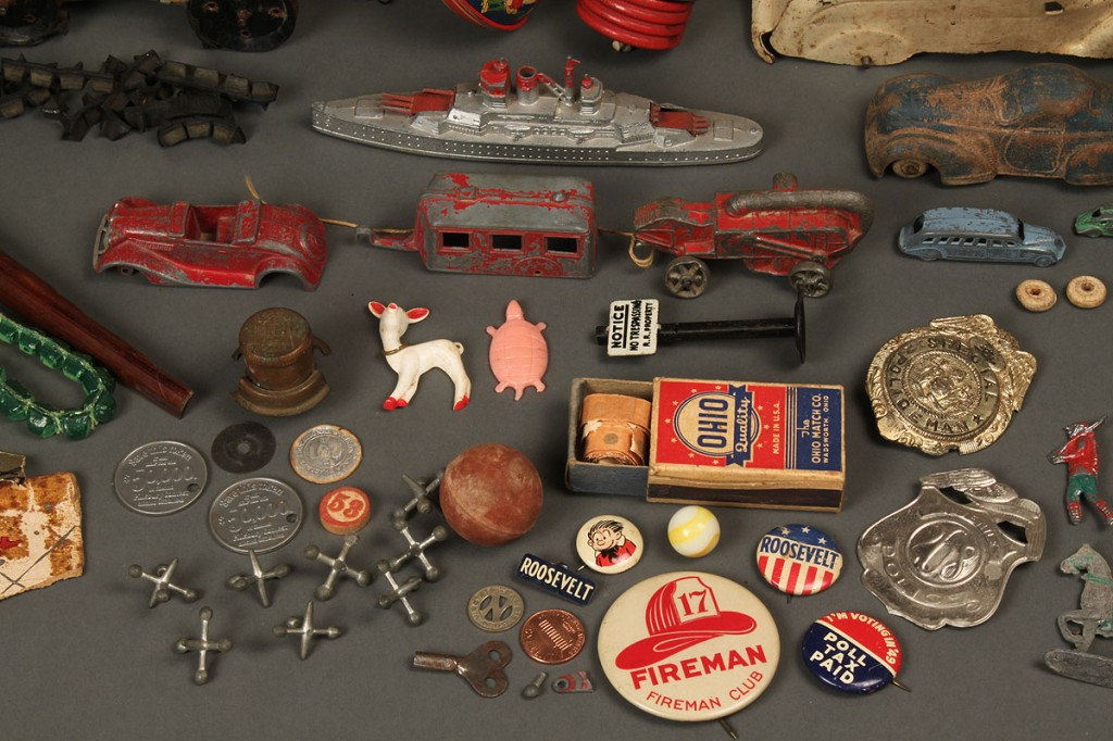 Lot 737: Lot of assorted of Vintage Toys Over 36 items