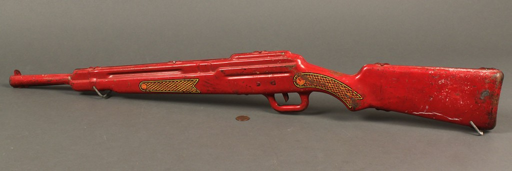 Lot 740: Hop-A-Long Cassidy Rifle Range Toy Gun
