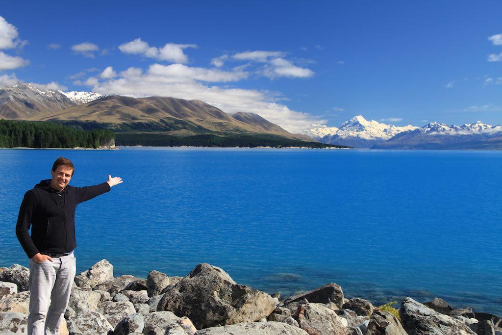 Paisagem digna de livro: o Lago Pukaki, na Nova Zelândia.