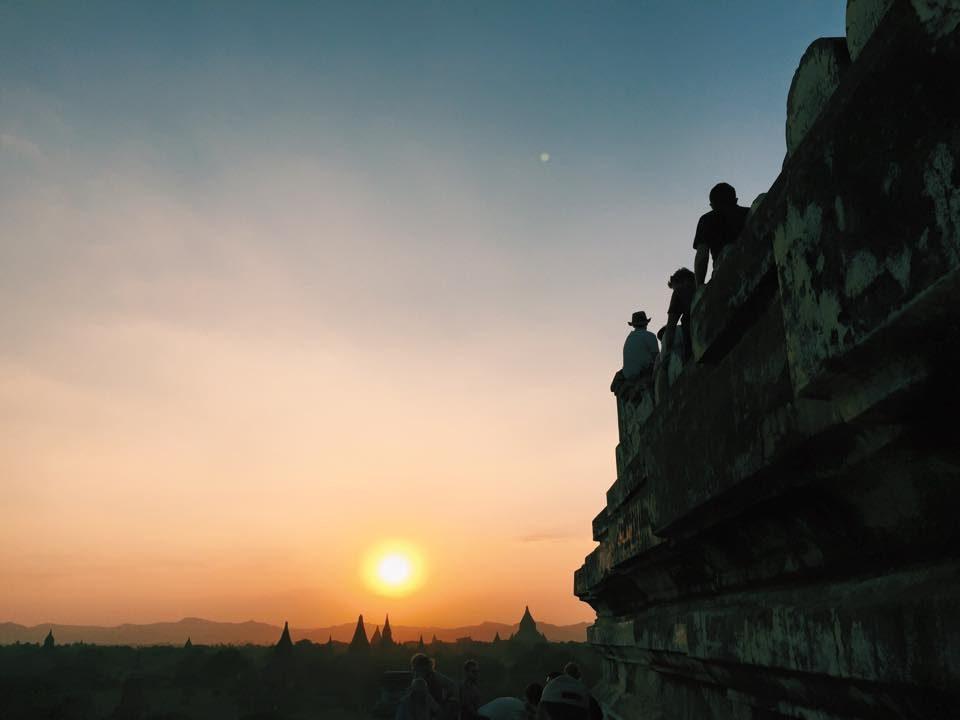 Nosso por-do-sol em Bagan - Shwe Sandaw Pagoda - foto Renato Salles