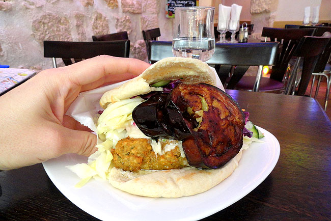 O pitta falafel do Chez Hanna (Foto: matraqueando.com.br)