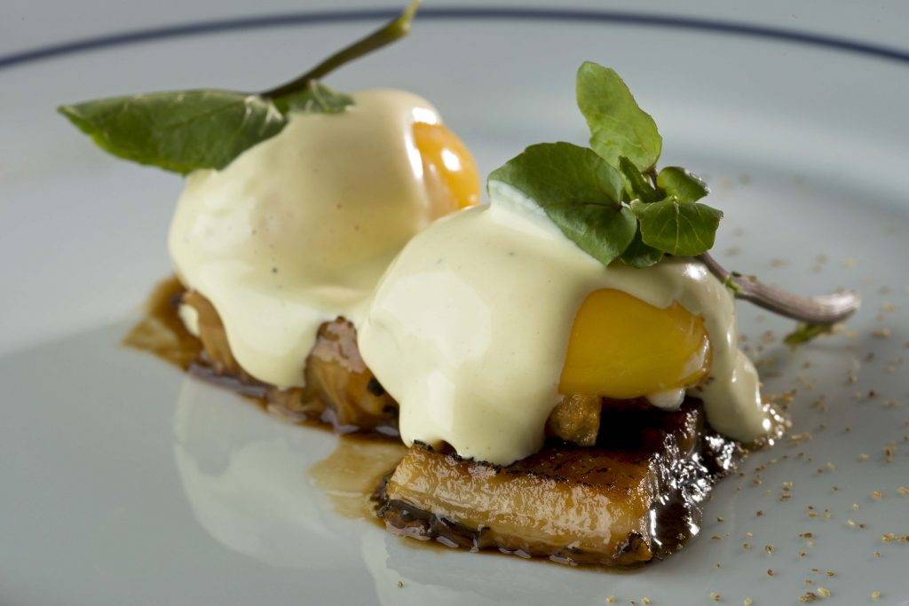 Formidable-Bistrot_oeuf-mayonnaise-enguile_credito-Alexander-Landau-1