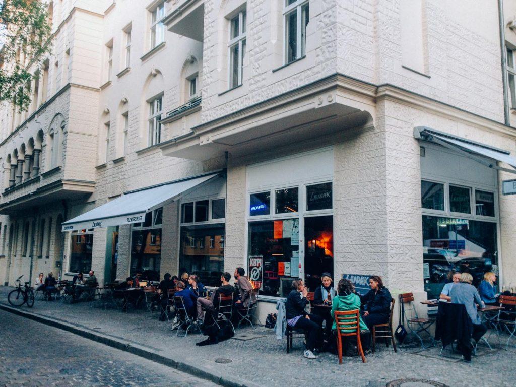 fotostrasse - chicken or pasta - free wifi berlin 02