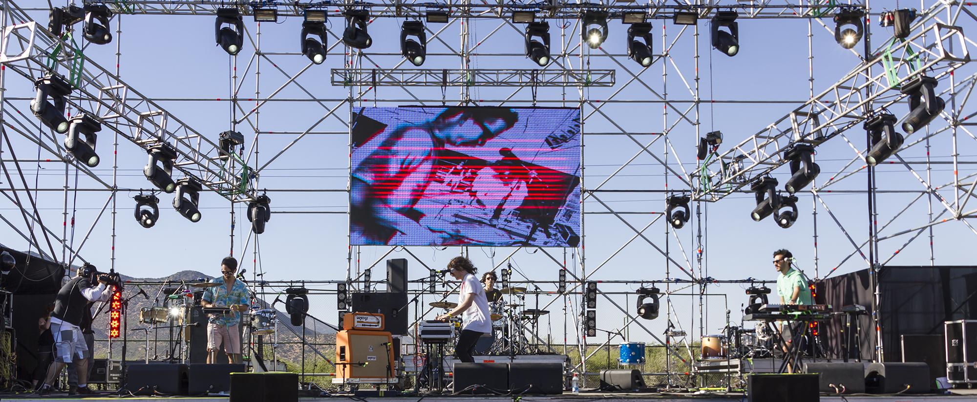 Astro_-_Festival_Primavera_Fauna_2011