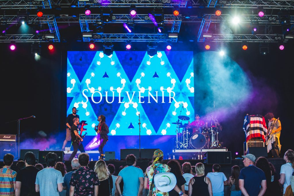 Os brasileiros Soulvenir. Foto: Hugo Macedo / Divulgação