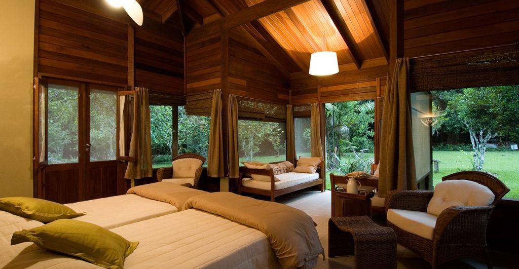 Um dos quartos do Cristalino Lodge. Foto: divulgação