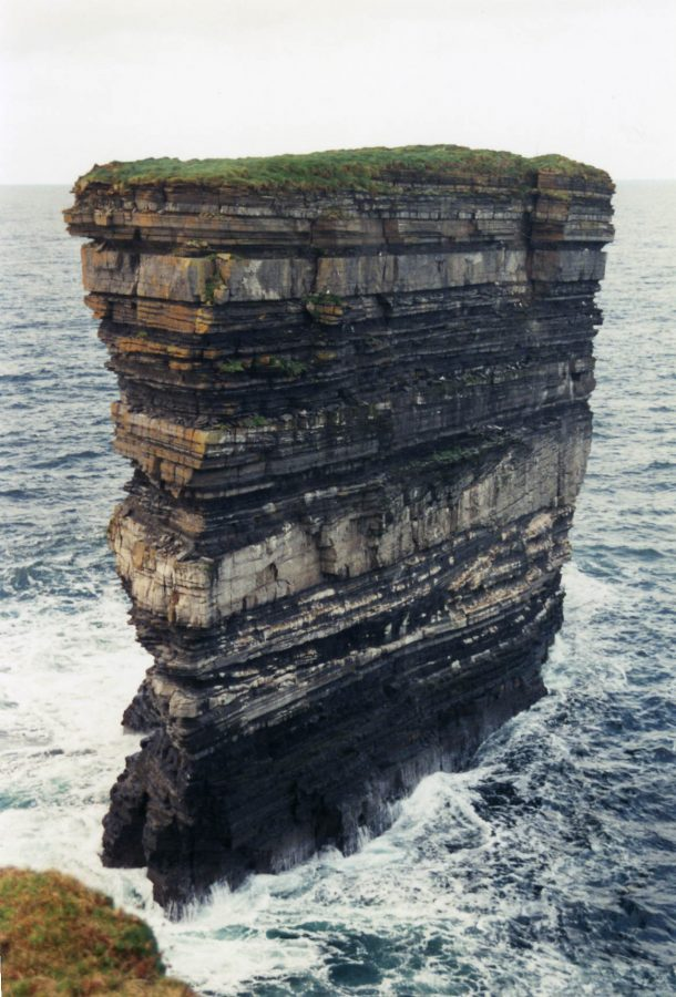 Downpatrick Head, última parada emcounty Mayo, Irlanda. Foto: Matpib