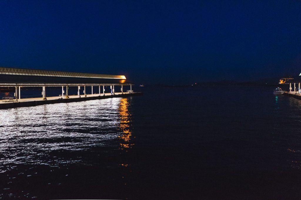 Chegando à noite em Takamatsu. Foto: Ola Persson