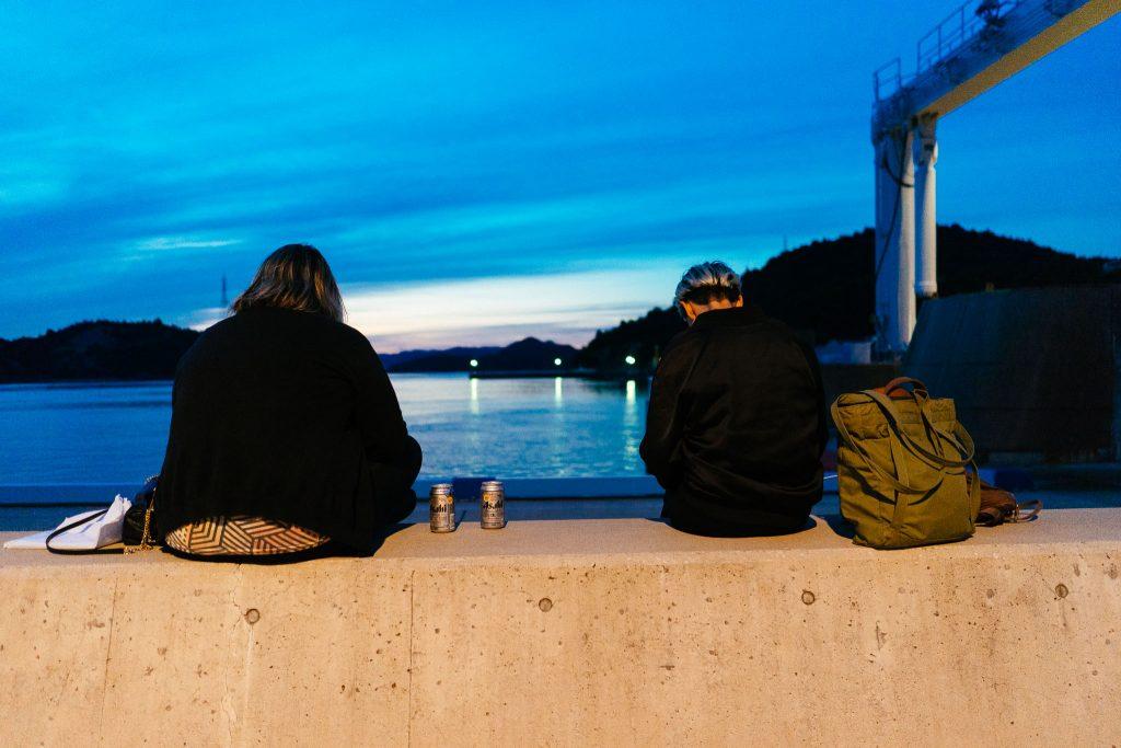 A nossa saída de Naoshima. Espera da balsa no porto. Foto: Ola Persson