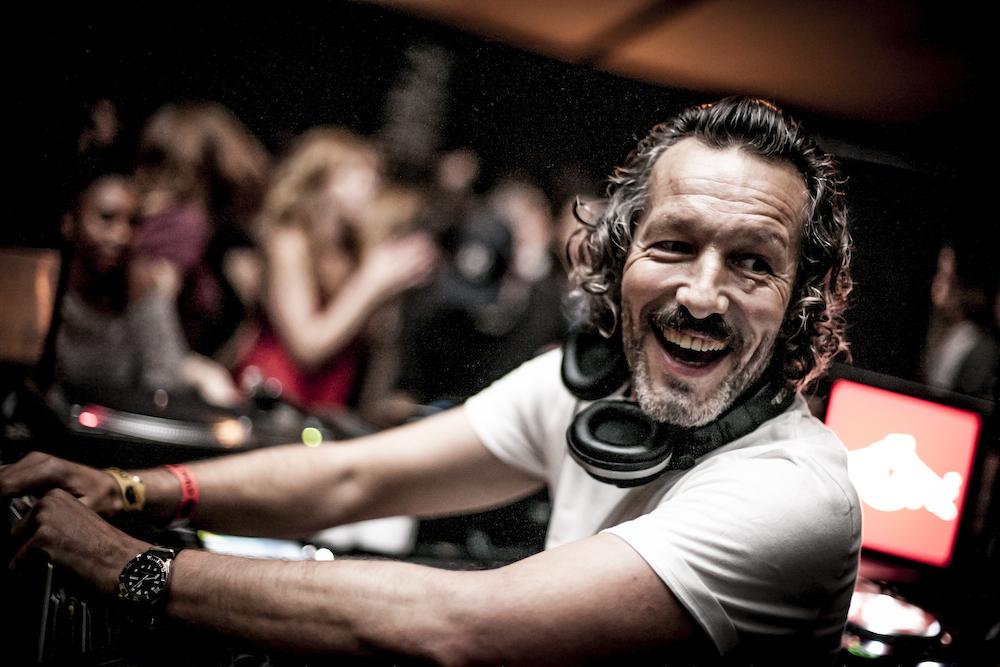 DJ Harvey, a lenda!!! Foto: Steve Stills