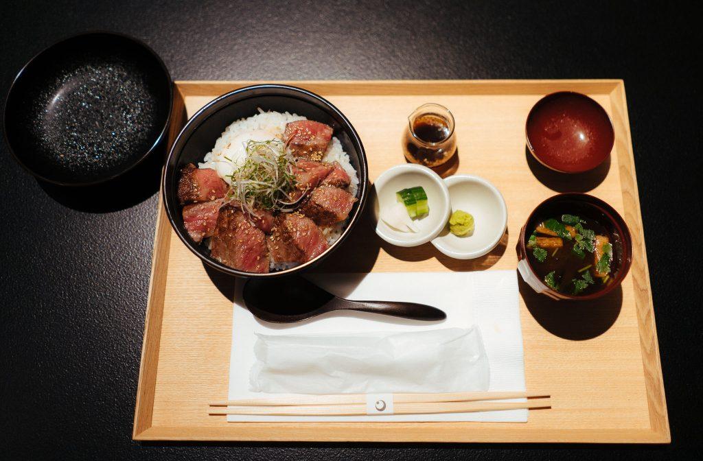 O delicioso udon servido no quarto. Foto: Ola Persson