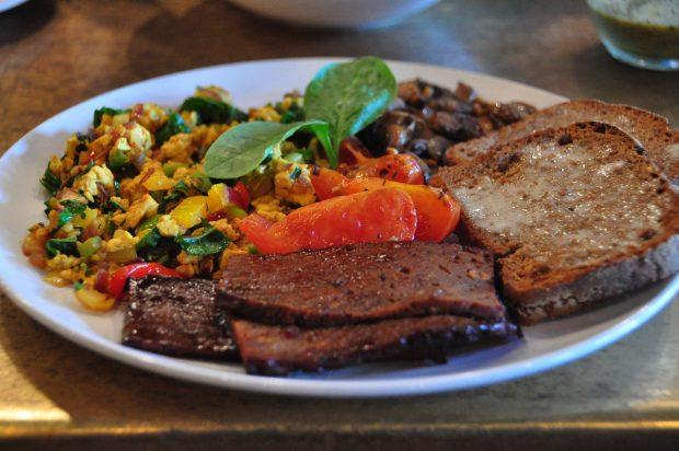 foto-1-o-hungry-herbivore-breakfast-foto-eduardo-shimahara