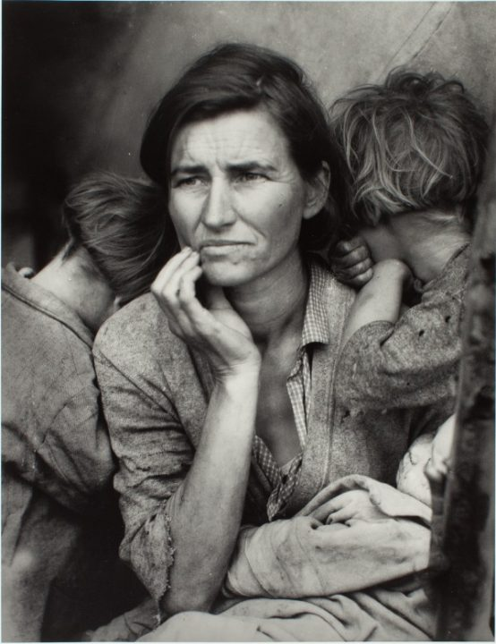 Dotothea Lange, Migrant Mother, 1936. The Sir Elton John Photographic Collection. http://www.tate.org.uk/whats-on/tate-modern/exhibition/radical-eye-modernist-photography-sir-elton-john-collection