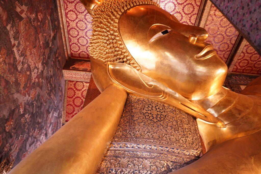 Buda Deitado no Wat Pho. Foto: Lalai Persson