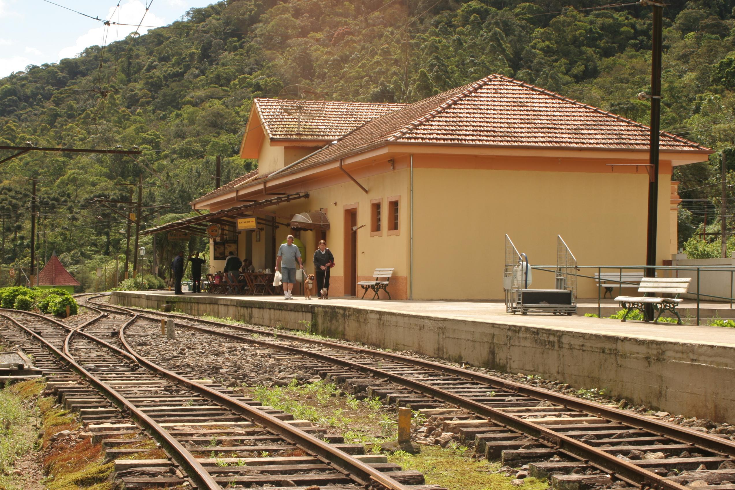 Estação Eugêncio Lefreve - foto: Ana Paula Hirama