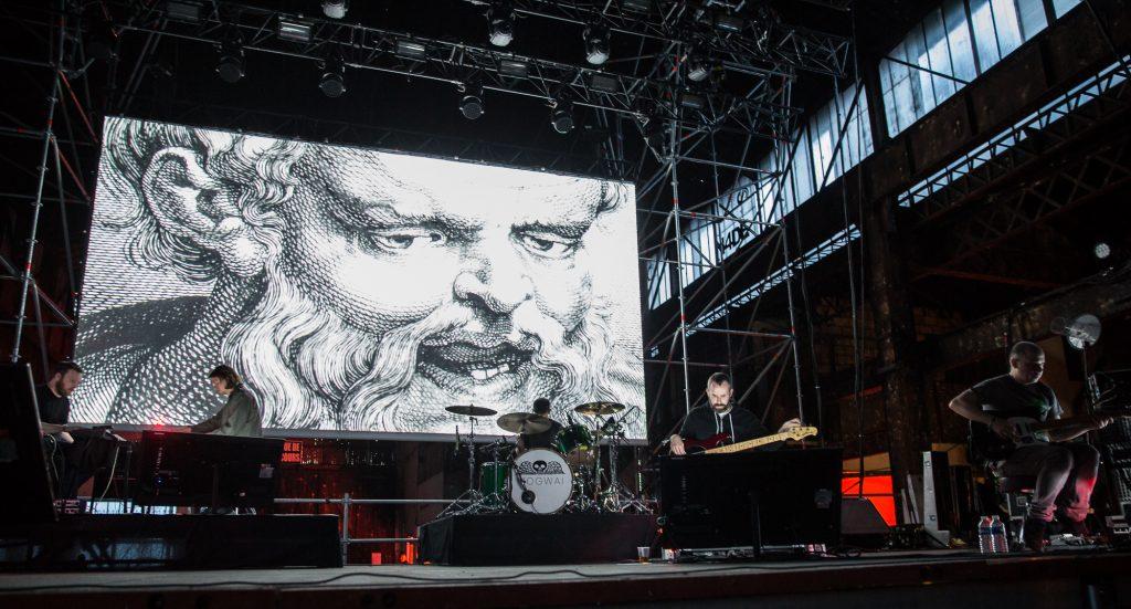 Show especial do Mogwai, que tocou Atomic em 2016. Foto: divulgação