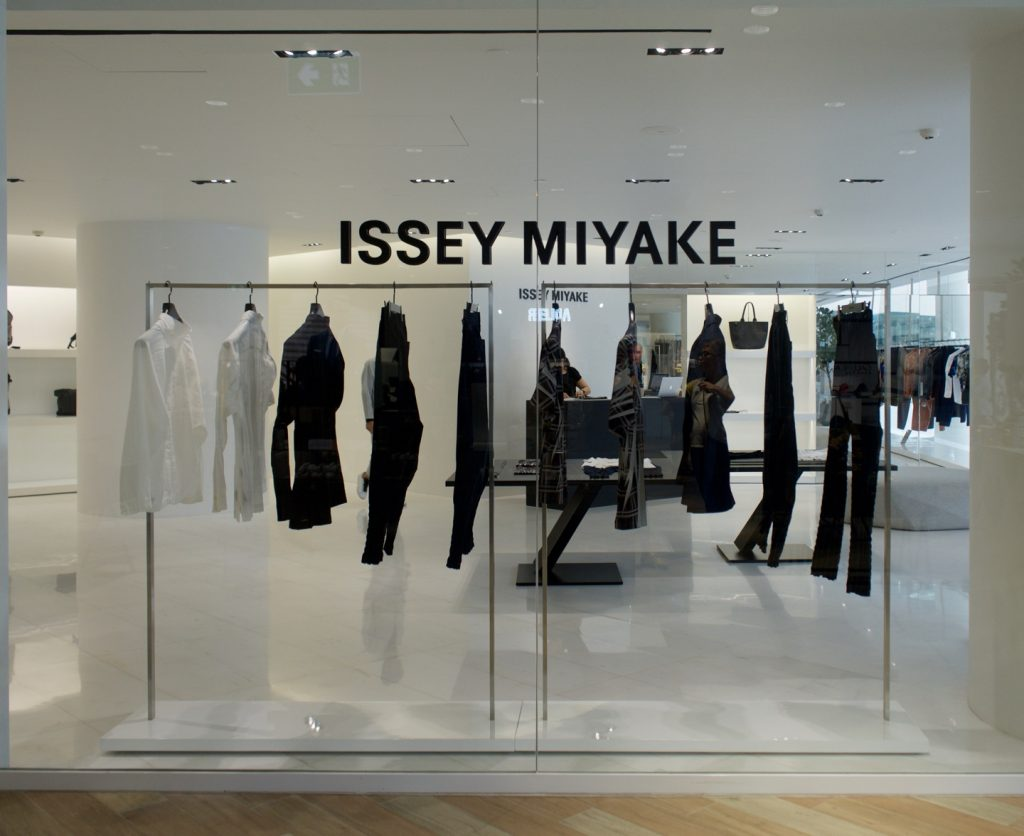 Loja de Issey Miyake, no Siam Discovery