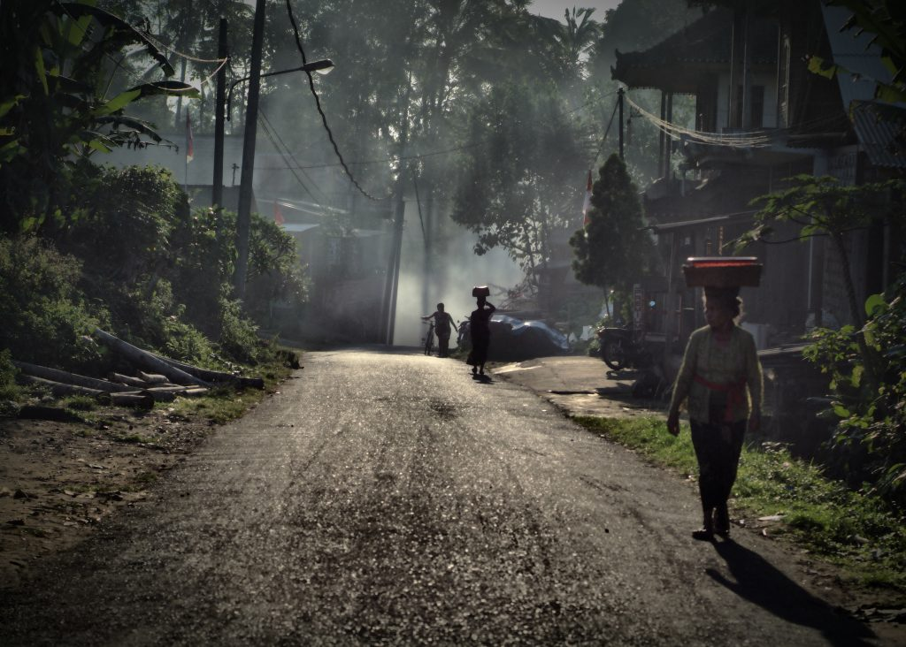 Ruas de Ubud, Bali. Foto: Clayton Scott