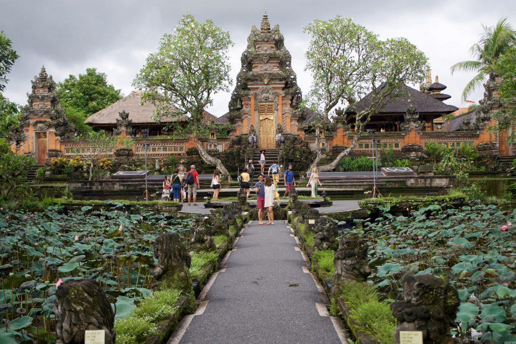 Puri Saraswati, o palácio da água, em Ubud. Foto: Lalai Persson