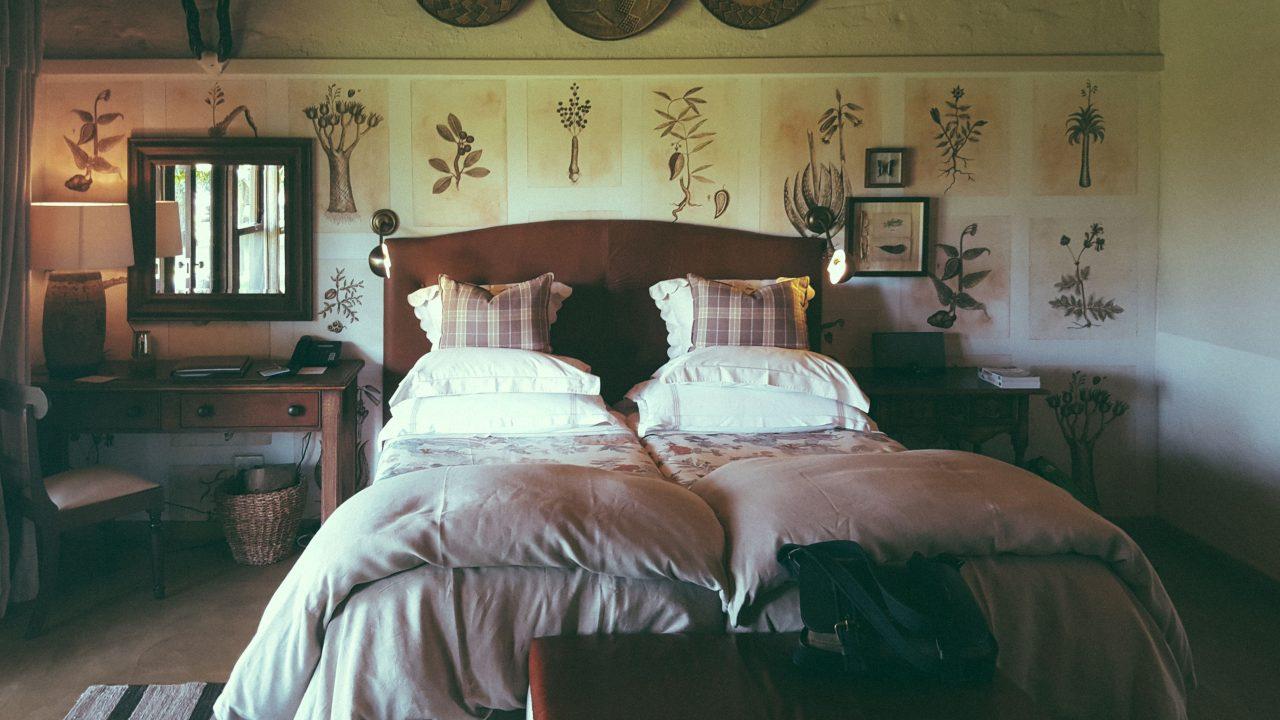 A visão da camas de uma das cabanas - Foto: Jo Machado
