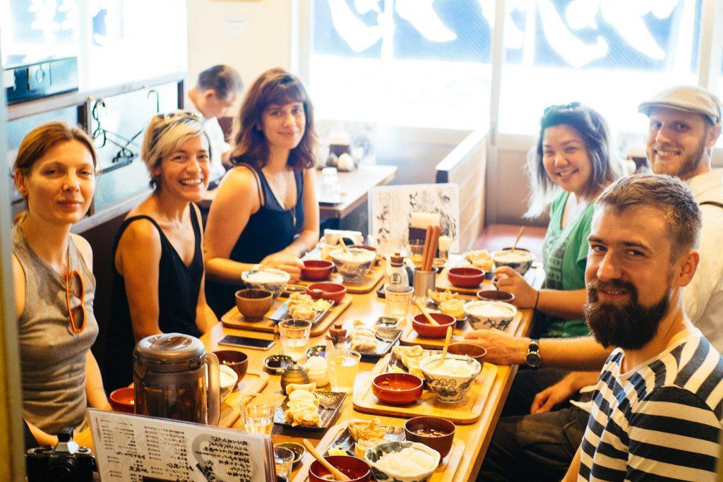 Comendo em Tóquio