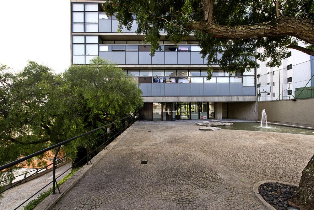 Paulo Mendes da Rocha - Edifício Jaraguá - foto: Prédios de São Paulo