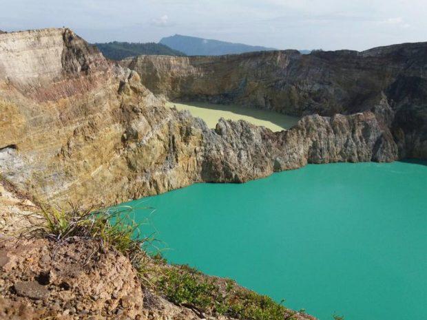 Cratera em Komodo. Foto Irwan Flores Tour