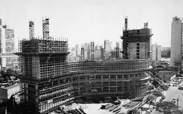 Imagem da construção do Copan, na década de 50. Foto: Acervo O Estado de S.Paulo.