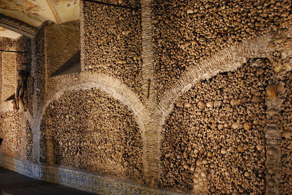 capela dos ossos, évora, alentejo, portugal