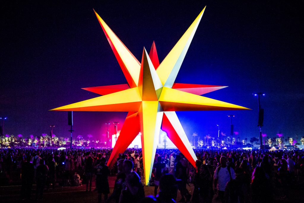 Coachella 2018: SUPERNOVA por Roberto Behar and Rosario Marquardt.