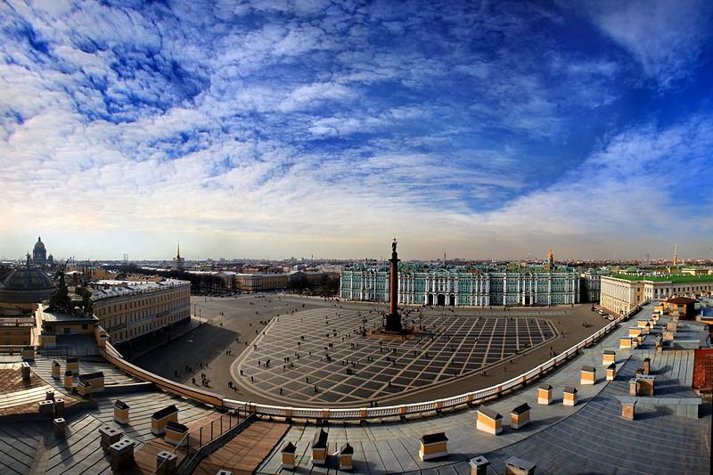Praça do Palácio, São Petersburgo. Foto: Saint-Petersburg.com