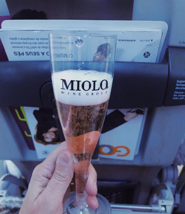 Nosso brinde com o espumante rose brut da Miolo.