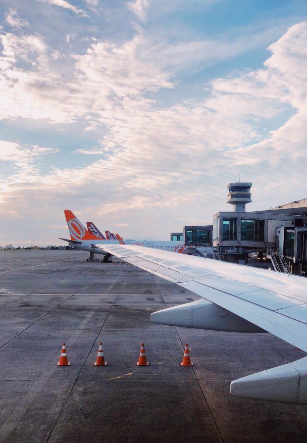 Vendo o dia nascer da janelinha do Gol Boieng 737 Max