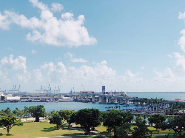 A vista de Miami no meu quarto no ME by Meliá