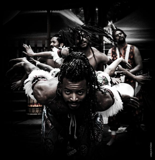 Espetáculo Sons D'Oeste - Trupe Benkady. Foto: Paulo Costa
