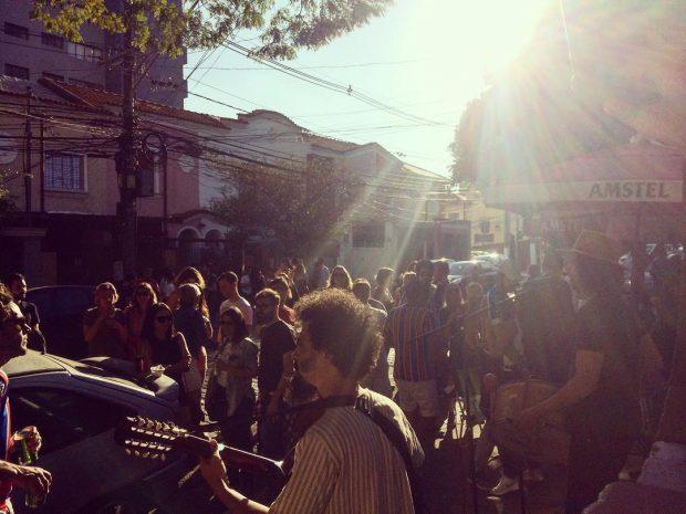 Pé na Calçada / Foto: Tava Passando