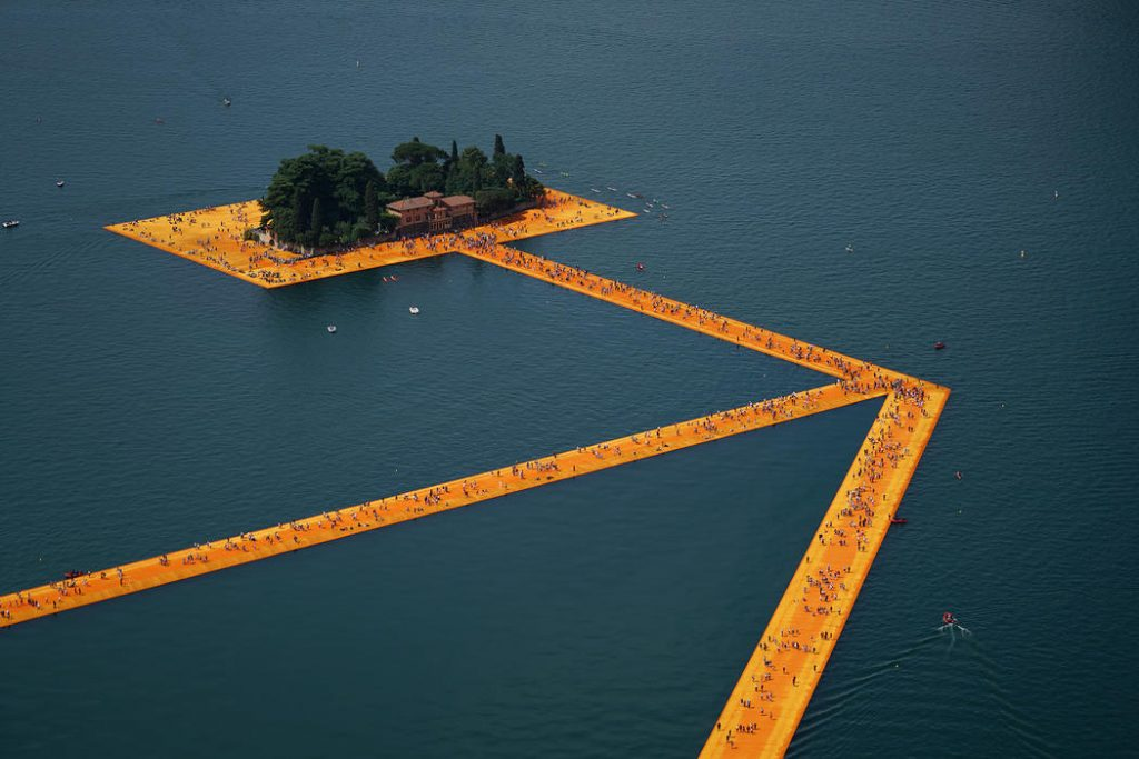 The Floating Piers, 2014-16 - Christo e Jeanne-Claude